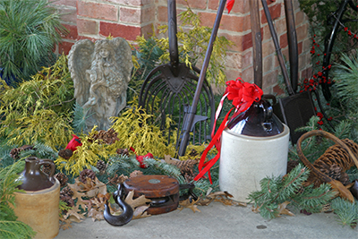 A beautiful outdoor Chirstmas display at Viette's