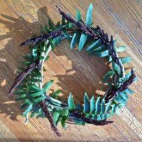 Simple wreath with ferns and seed heads.